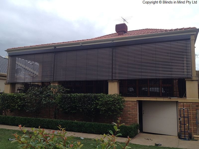 window the louvres outdoor fitter external blinds