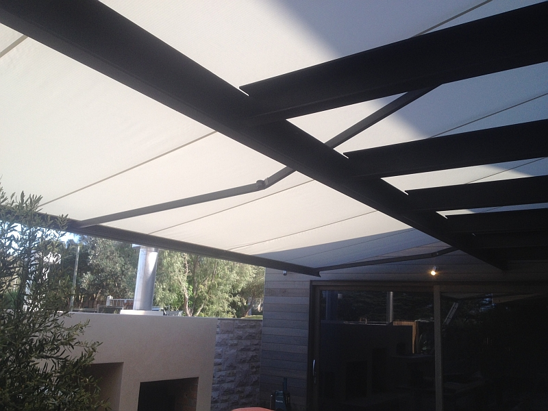Blinds In Mind Blinds Melbourne Awnings Melbourne Outdoor Blinds Amp Awnings Canvas Canopies Full Cassette Retractable Folding Arm Awnings